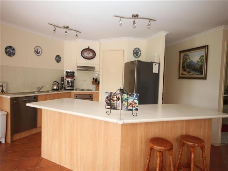 5 LEATHERWOOD Lane, Cooroy QLD 4563