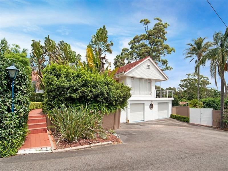 295 Avoca Drive, Green Point NSW 2251