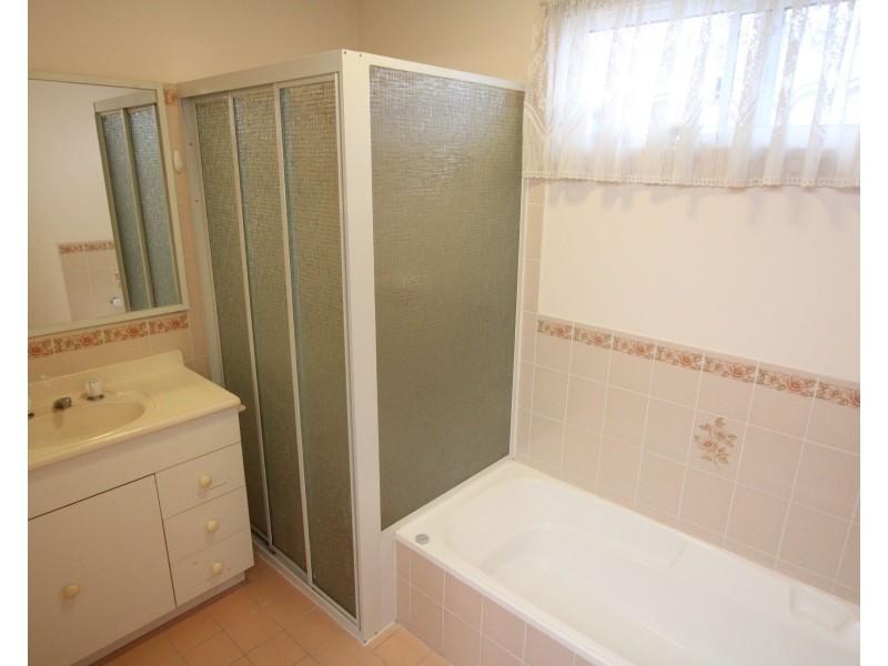 3 Fourth Avenue Broadlands Estate, Green Point NSW 2251