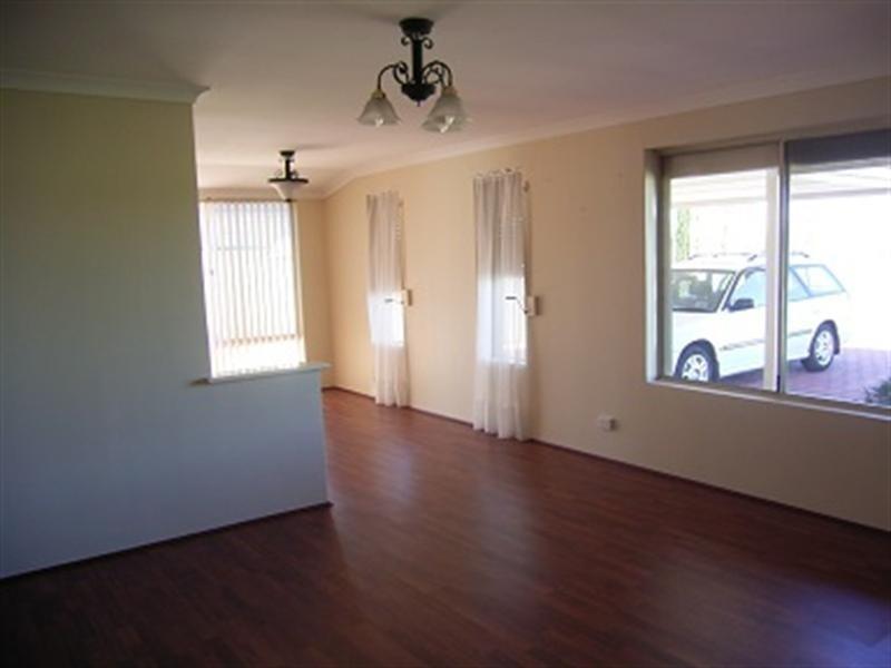 19 Stylis Place, Beechboro WA 6063