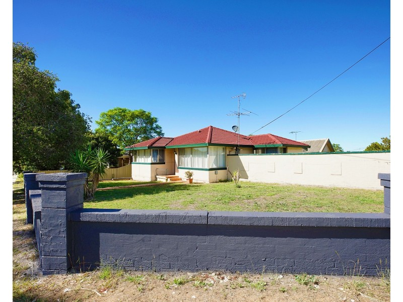 56 Rugby Street, Cambridge Park NSW 2747
