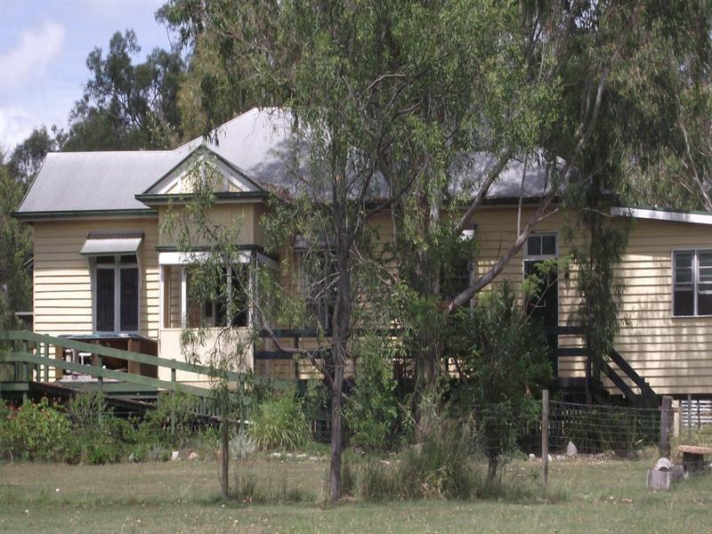15 Thursa Street, Murphys Creek QLD 4352
