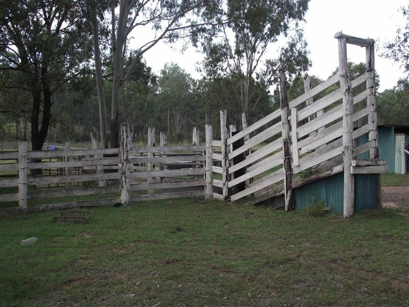 80 Penderests Road, Murphys Creek QLD 4352