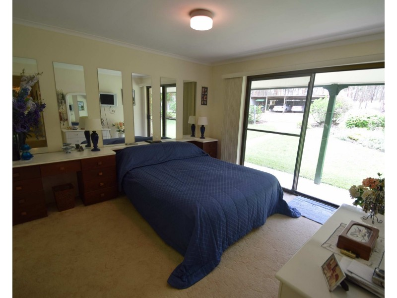 473 Willaura Drive, Mount Hallen QLD 4312
