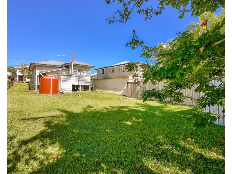12 Thirteenth Avenue, Kedron QLD 4031