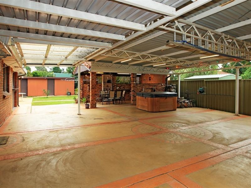 69 Cambewarra Road, Bomaderry NSW 2541