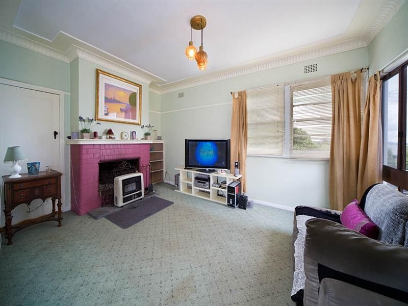 6 Mathews Road, Mount Victoria NSW 2786