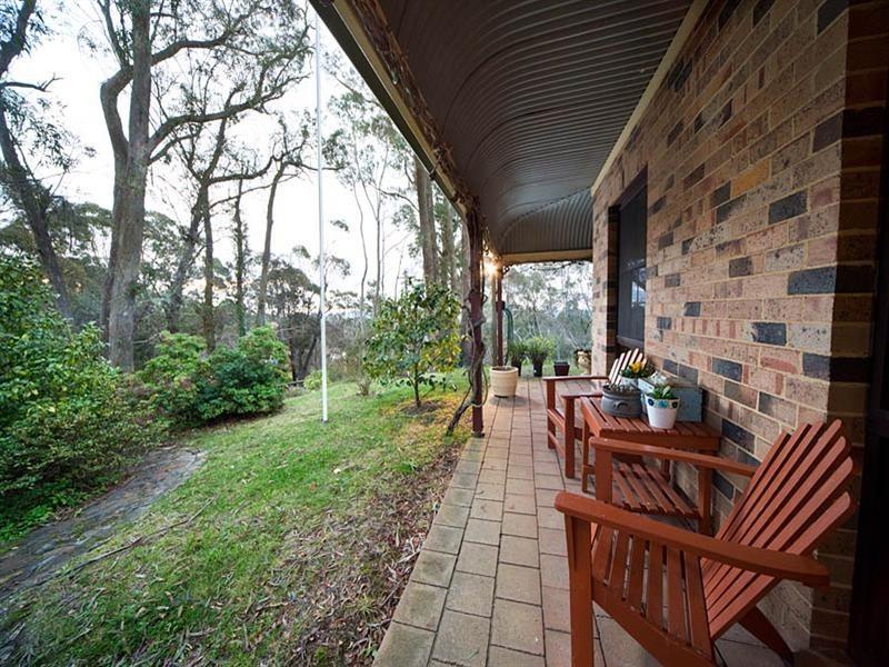 2 Sylvania Street, Mount Victoria NSW 2786