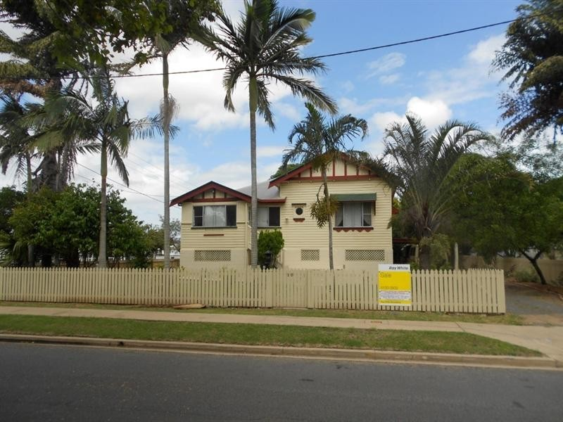 10 Hinkler Avenue, Bundaberg North QLD 4670