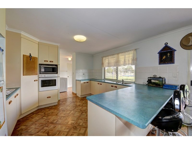 17 Clydesdale Avenue, Branyan QLD 4670