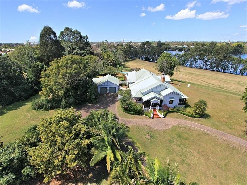 2 Gavin Street, Bundaberg North QLD 4670