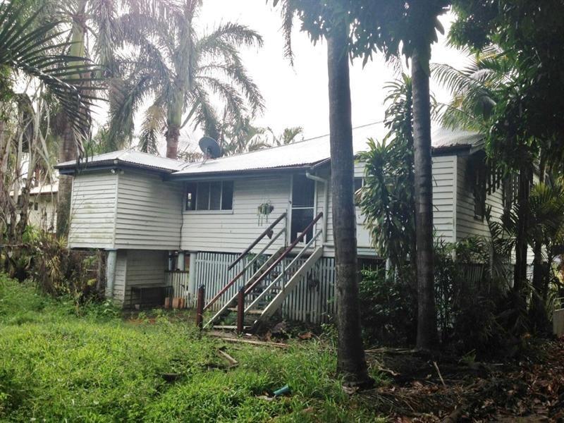 12 Donald Street, Bundaberg North QLD 4670