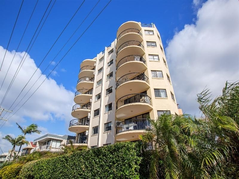 Unit 5 'Meridian Caloundra' 82 Albert Street, Kings Beach QLD 4551