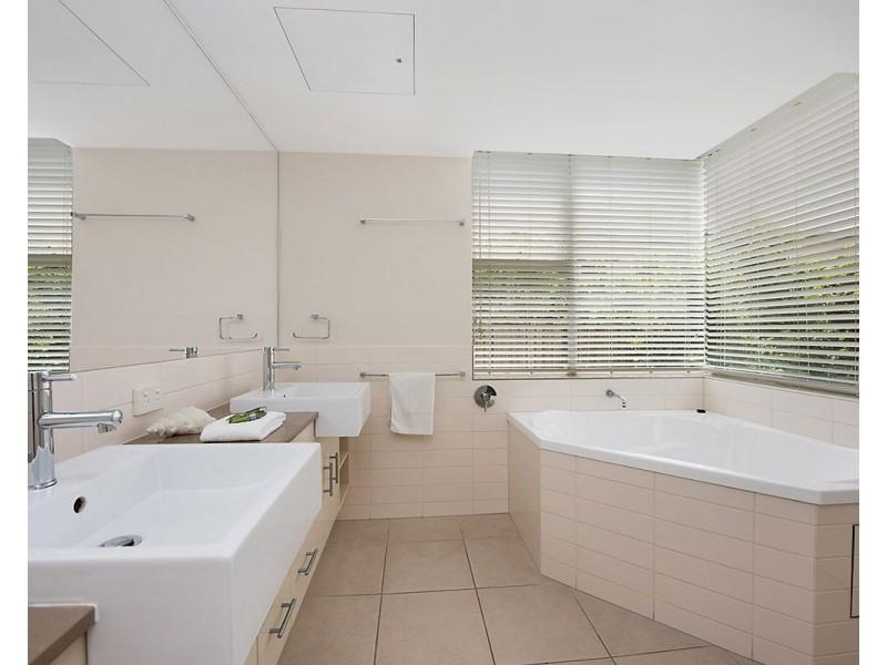 Unit 6/16 Orvieto Terrace, Kings Beach QLD 4551