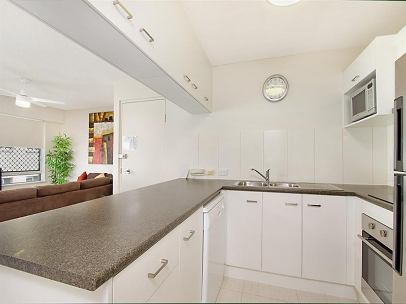 Unit 16 'Cheltenham' 40 King Street, Kings Beach QLD 4551