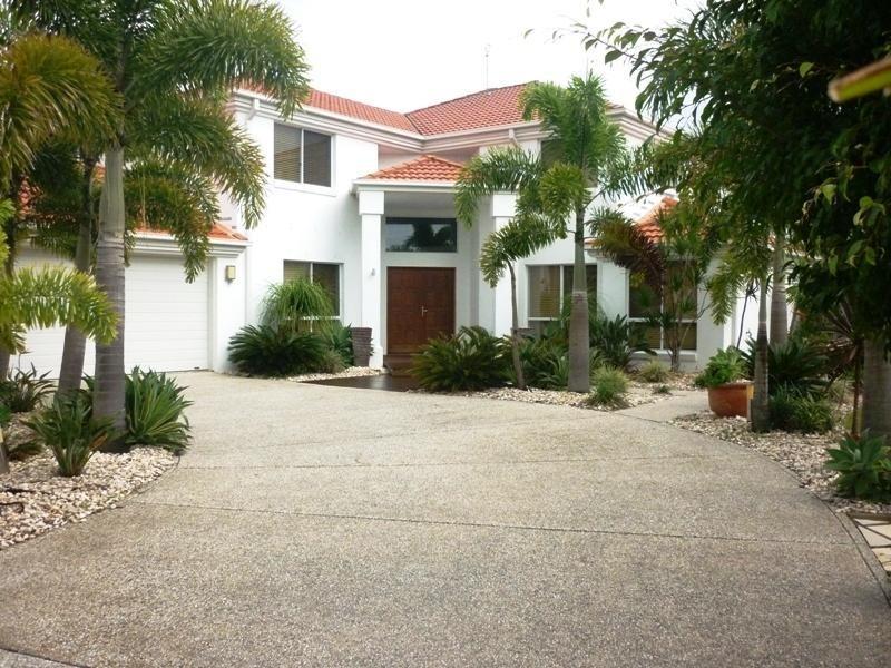 1 Solander Street, Pelican Waters QLD 4551
