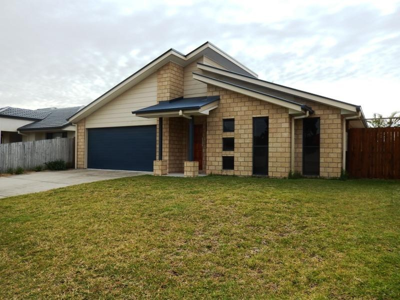 15 Gillingham Place, Pelican Waters QLD 4551