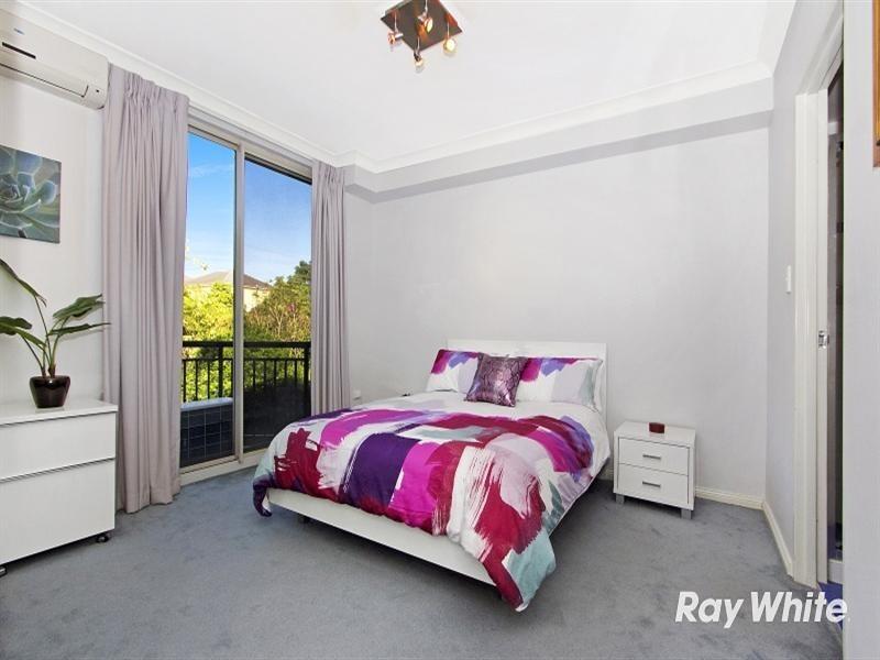 23/2 Conie Avenue, Baulkham Hills NSW 2153