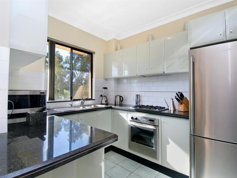 8/14-16 Campbell Street, Northmead NSW 2152
