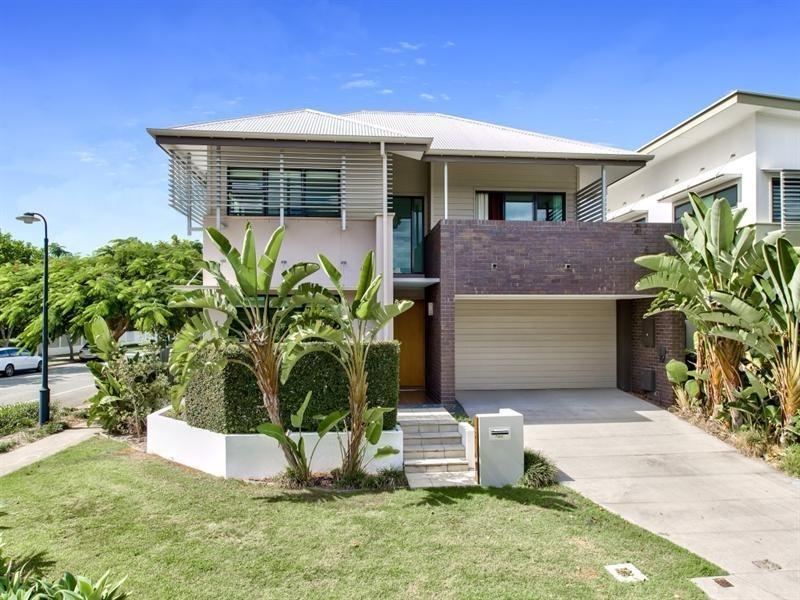 2 Shore Crescent, Bulimba QLD 4171