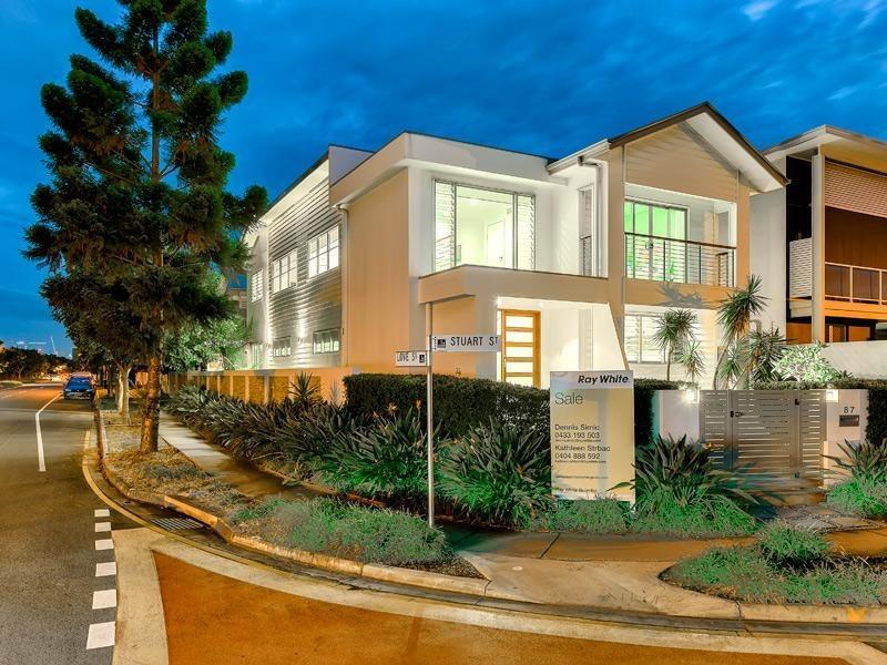87 Stuart Street, Bulimba QLD 4171