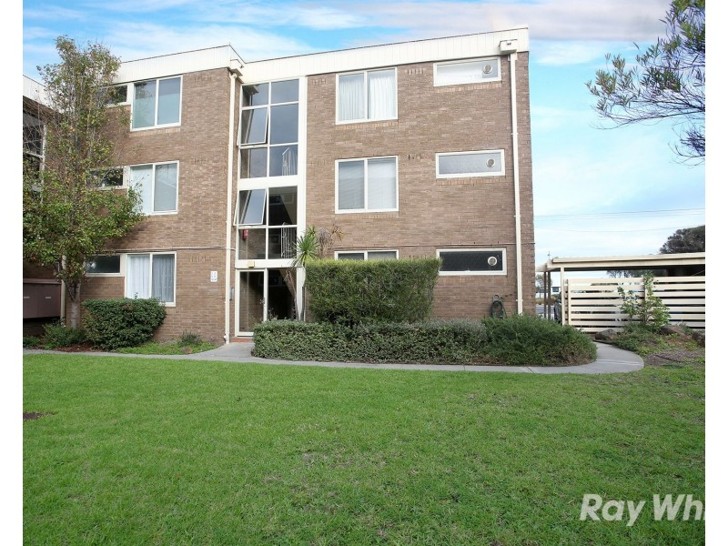 2/310 Beach Road, Black Rock VIC 3193