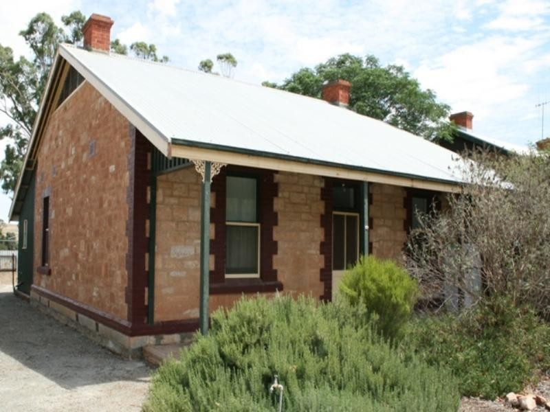 9 Railway Terrace, Spalding SA 5454