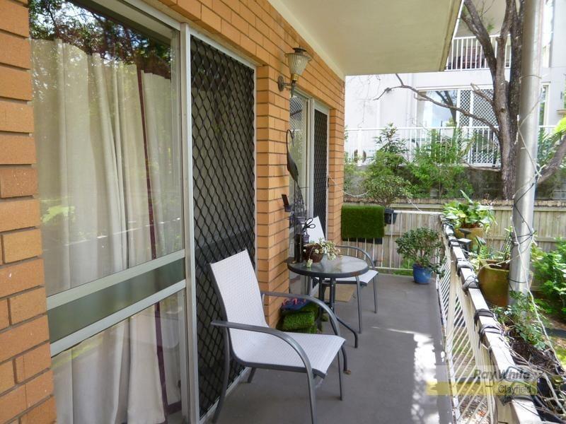 4/421 Sandgate Road, Albion QLD 4010