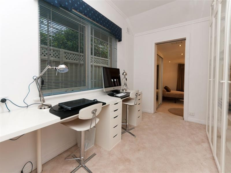 9 Mackirdy Street, Fulham SA 5024