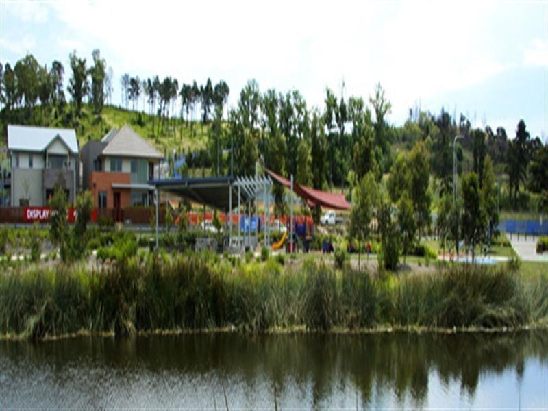 8 Driftway Drive, Pemulwuy NSW 2145