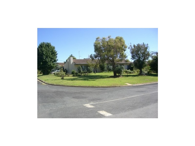 169 Browning Street, Deniliquin NSW 2710