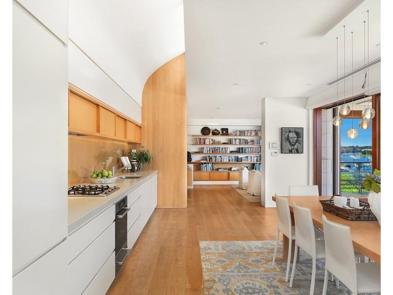 House 2/2 Beach Street, Double Bay NSW 2028