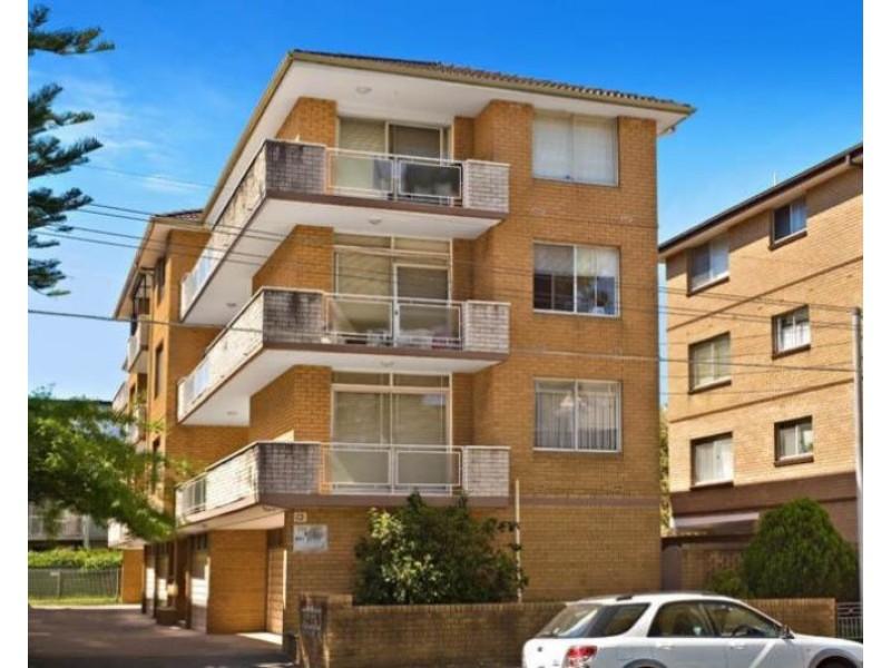 4/13 Bowral Street, Kensington NSW 2033