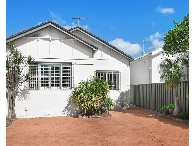 112 Beach Road, North Bondi NSW 2026
