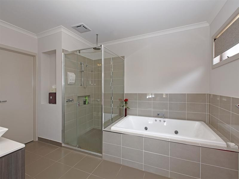 22 Empress Avenue, Epping VIC 3076