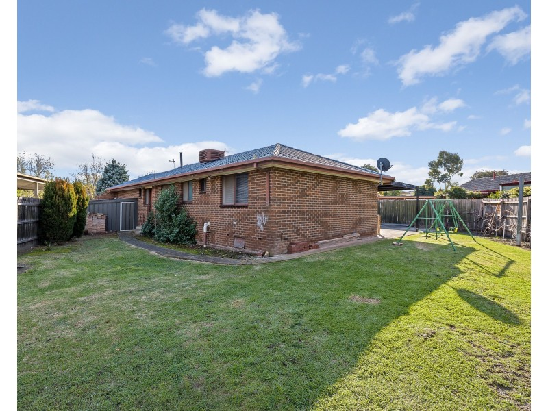 1 Yeadon Court, Epping VIC 3076