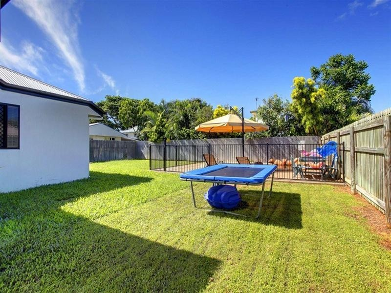 13 Meadowbrook Drive, Aitkenvale QLD 4814
