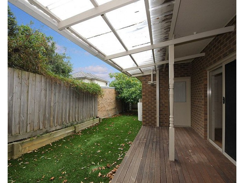 2/123 Bogong Avenue, Glen Waverley VIC 3150