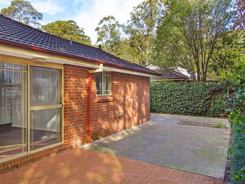 2/10 Kirkness Avenue, North Gosford NSW 2250