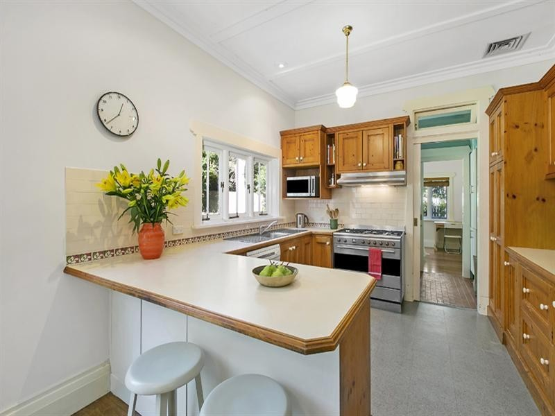 31 Katina Street, Turramurra NSW 2074
