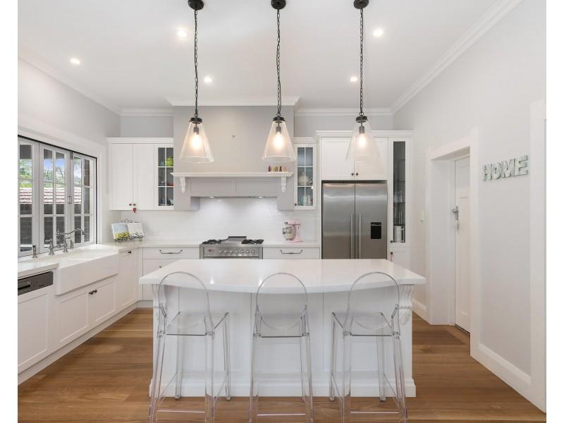 6 Mayfield Avenue, Pymble NSW 2073