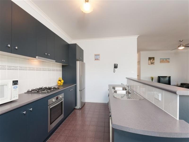 6 Aberfeldie Place, Craigieburn VIC 3064