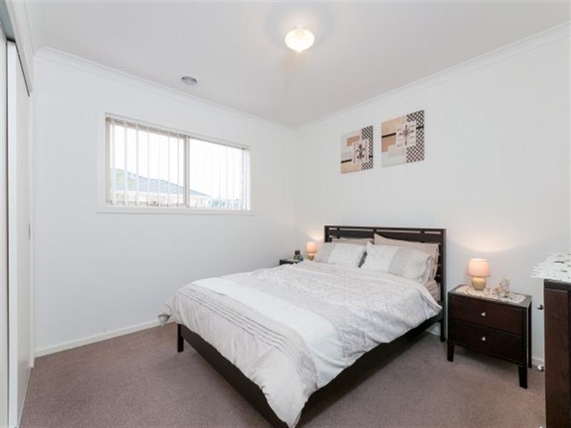 10 Hadley Lane, Craigieburn VIC 3064
