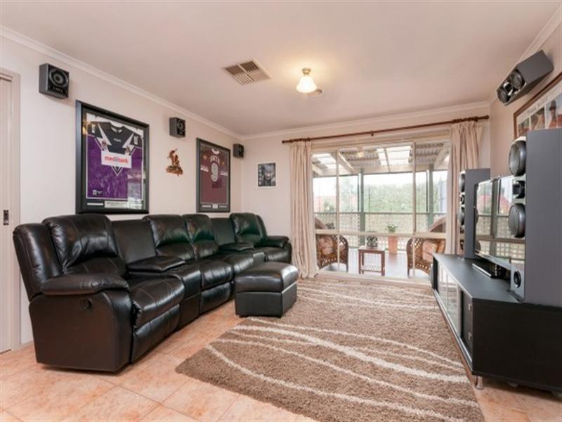 63 Abercarn Avenue, Craigieburn VIC 3064