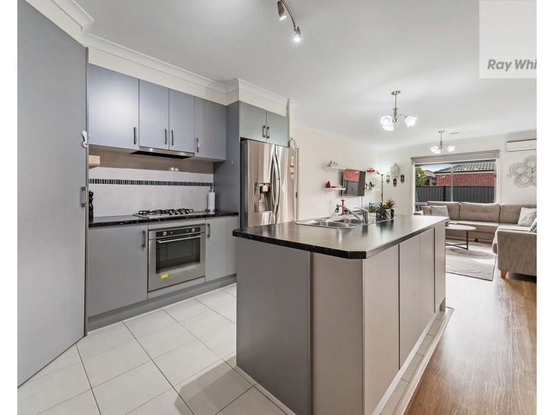 28 Greenham Avenue, Craigieburn VIC 3064