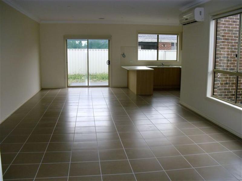 18 Classic Place, Craigieburn VIC 3064