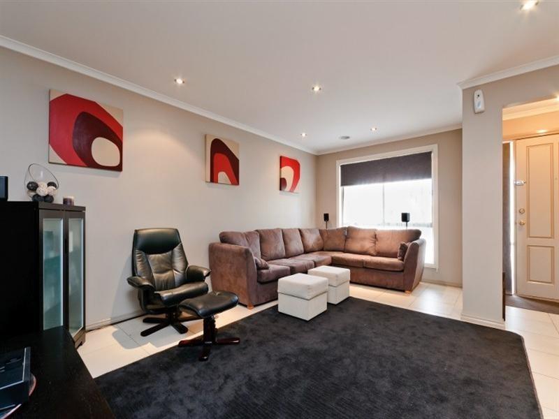 3 Bingin Place, Craigieburn VIC 3064