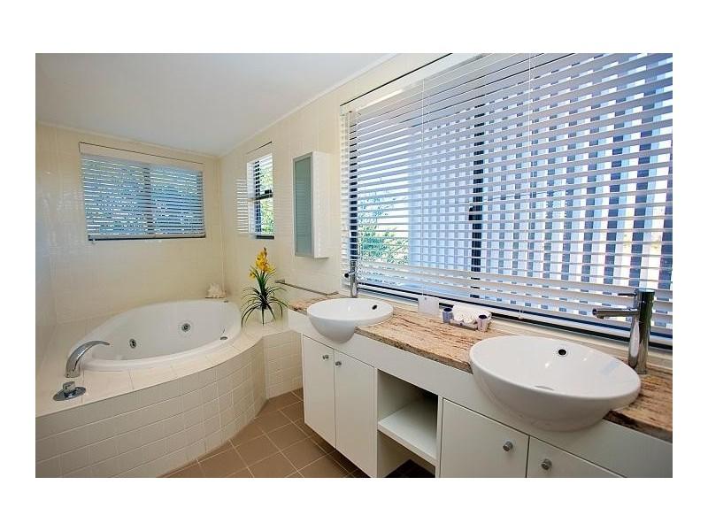 409/4 Beaches Village Circuit, Agnes Water QLD 4677