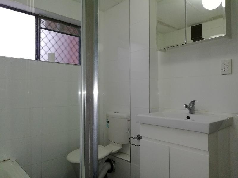 2/61-63 Windsor Road, Merrylands NSW 2160