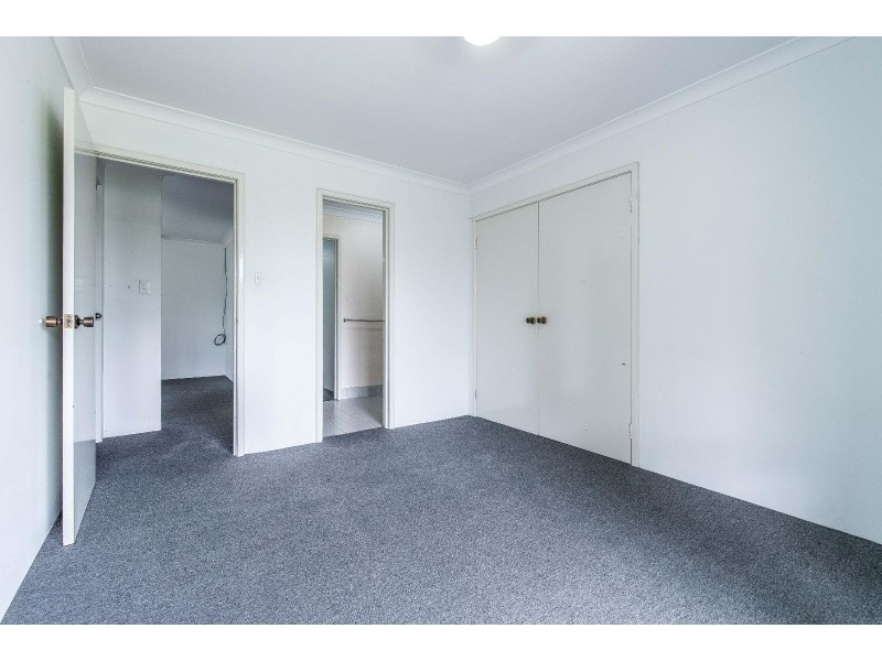 4 Thompson Place, Kewdale WA 6105